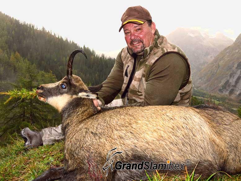 Alpine-chamois-hunt-in-Switzerland- S1 (2)