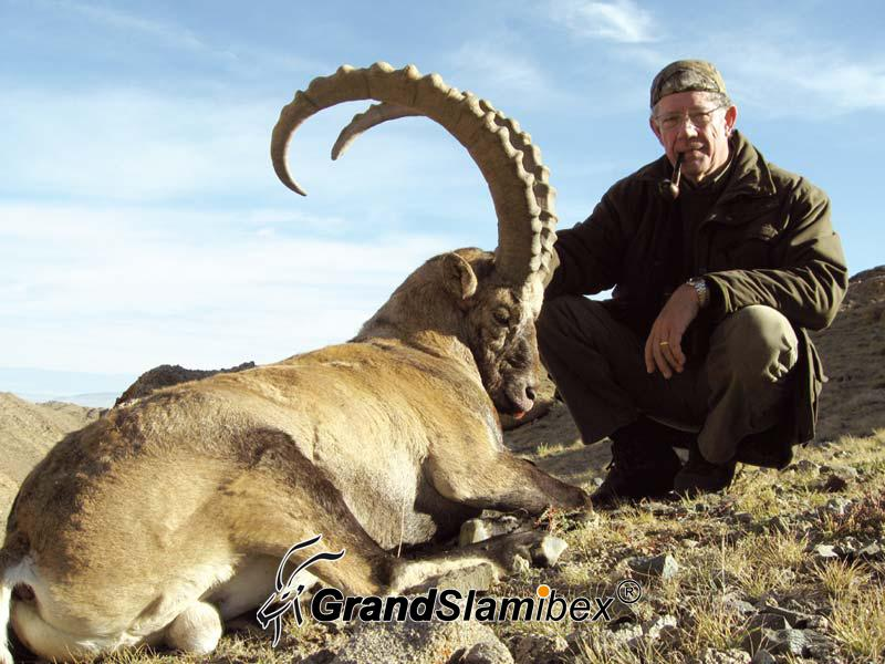 Altai-Ibex-Hunting-in-Mongolia- S2 (2)