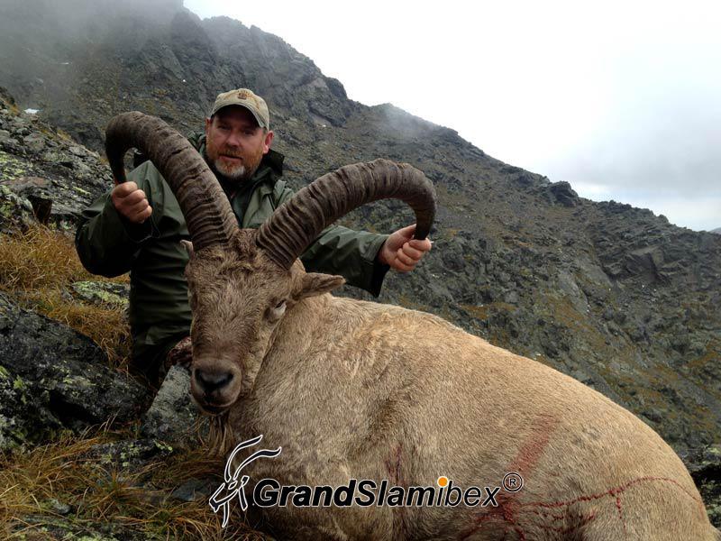 Dagestan-tur-hunt-in-Azebaijan (5)-S1