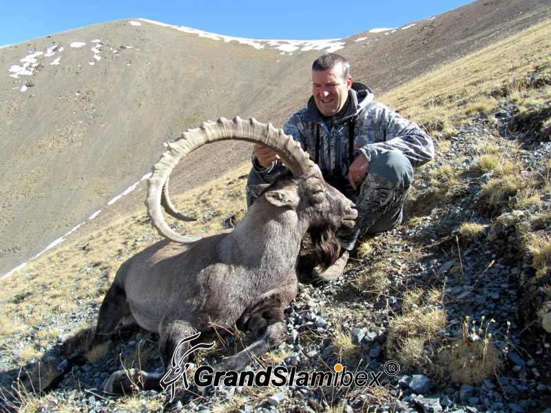 Gobi-ibex-hunt-in-Mongolia- S1 (1)