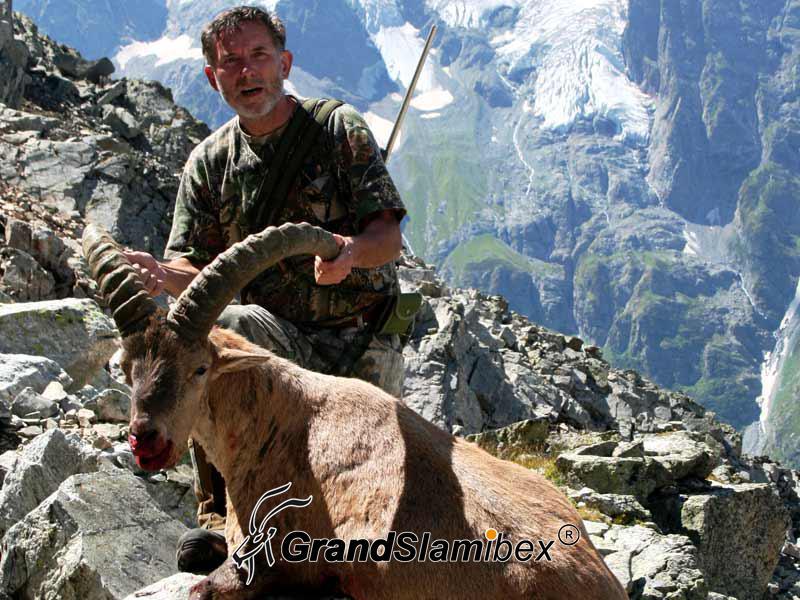 Kuvan-Tur-Hunting-in-Russia (1)