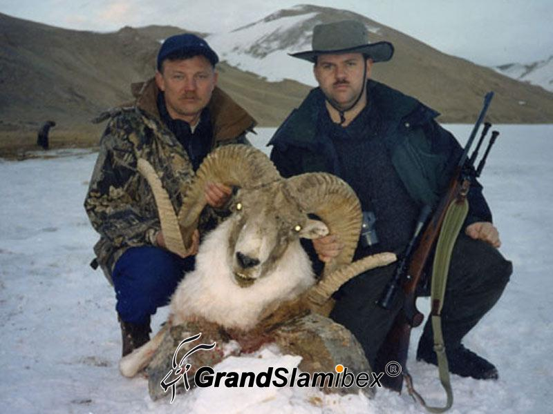 Marco-polo-sheep-hunting-in -Kyrgyzstan - S1 (4)