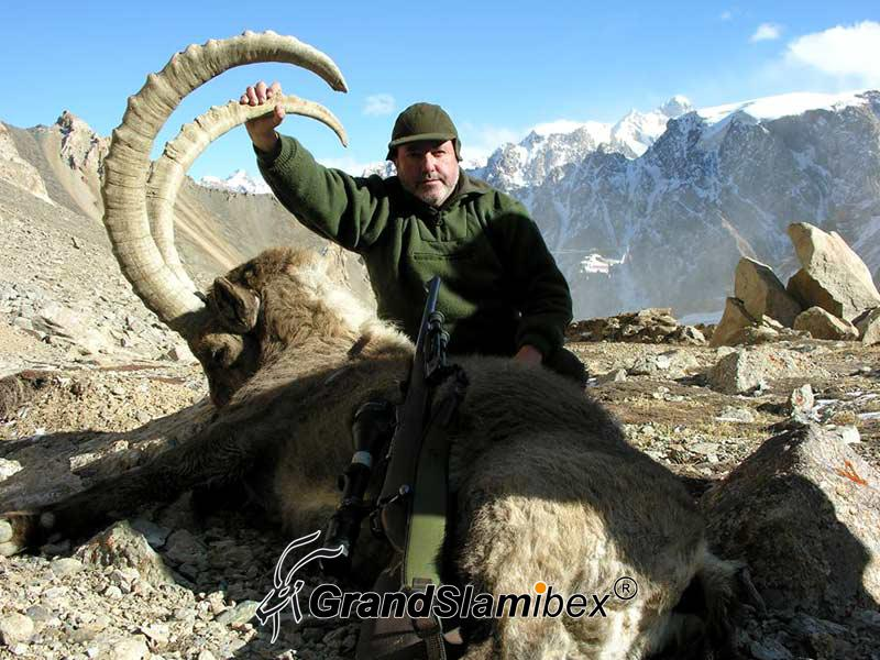 Mid-Asian-Ibex-Hunting-in-Kyrgyzstan-S2 (1)