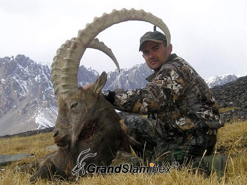 Mid-Asian-Ibex-hunt-in-Kyrgyzstan - S1 (1)