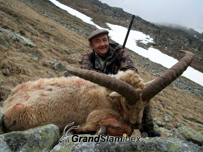 Mid-Caucasian-Tur-Hunting-in-Russia - S1 (1)